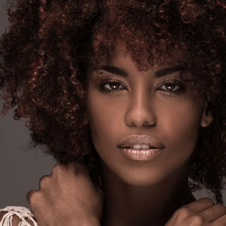 Curso de maquillaje para pieles oscuras